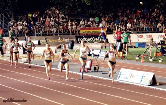 Final del 800 femenino.