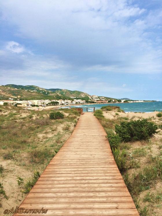 Por la costa. Playa de la Romana.